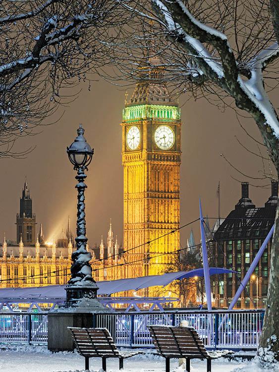1633 - Winter London Branded Christmas Card